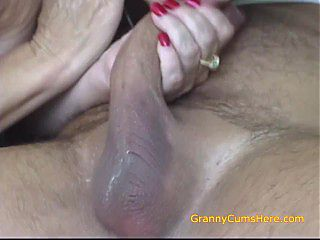 Slutty Grannys need dick TOO